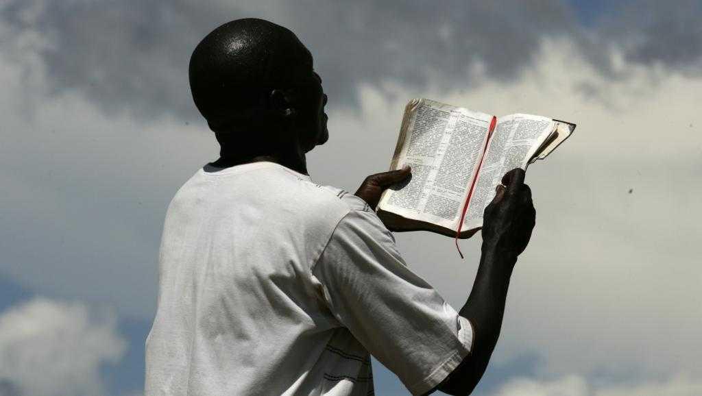 Deux pasteurs d'une église éveillée condamnés à perpétuité