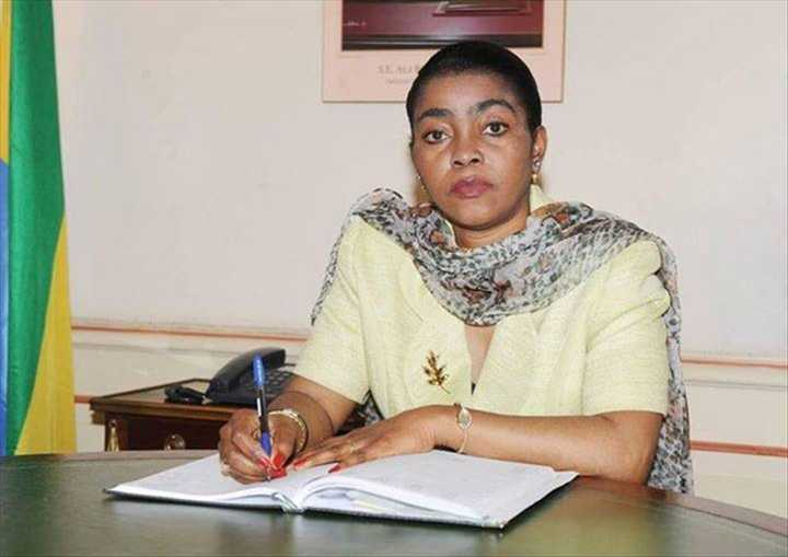 Ossouka prêtera serment devant Ali Bongo à Rabat