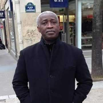"""Raymond Ndong Sima: """"le gel des embauches n'est pas raisonnable"""""""