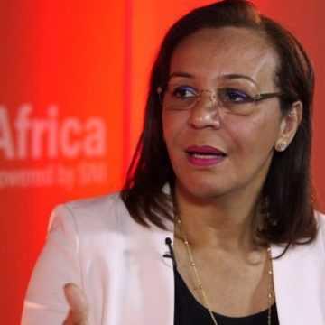 Dialogue social : Madeleine Berre prépare le terrain pour Nkoghe Bekale