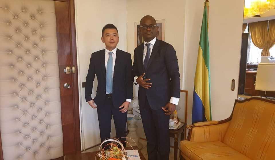 Lutte contre le chômage : Tony Ondo Mba discute avec le patron des Mines de Huanzhou pour un contrat d'apprentissage jeunesse