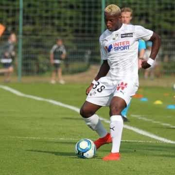 FOOTBALL : ULRICH ENEME ELLA ,MEILLEUR NUMÉRO 9 DE SA GÉNÉRATION
