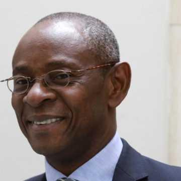 GABON-POLITIQUE: LÉON-PAUL NGOULAKIA BLOQUÉ À L'AÉROPORT LÉON MBA.
