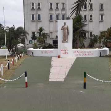 PROFANATION DU MONUMENT DU CAPITAINE NTCHORERE : UNE HONTE NATIONALE