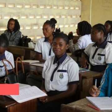 EDUCATION : POURQUOI LA REPRISE DES COURS NE CONCERNE QUE LES CLASSES DE TERMINALE ?