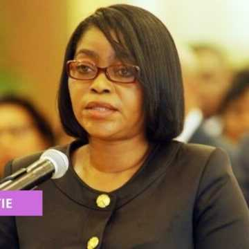 DIPLOMATIE : ROSE CHRISTIANE OSSOUKA PREND PART À L'INVESTITURE D'ALPHA CONDÉ