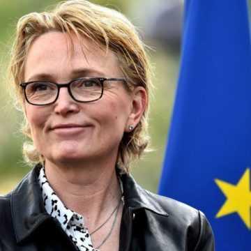 FRANCE : LA FILLE DE JACQUES CHIRAC CANDIDATE AUX ELECTIONS DEPARTEMENTALES